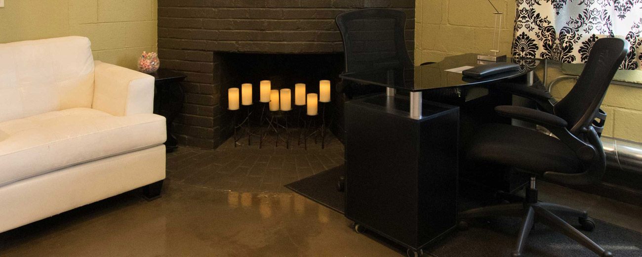 Nail Lounge fireplace 520 height